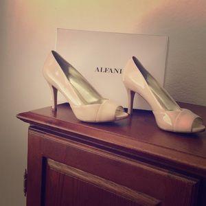 Alfini peep toe shoes